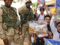 Soldiers_and_kids_1